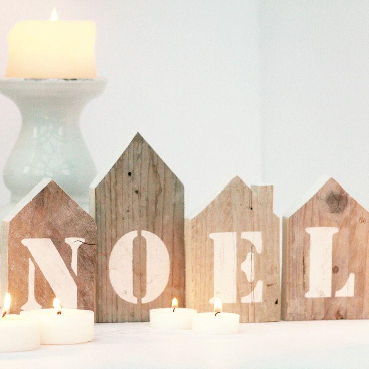 Casette in legno di recupero con scritta NOEL fatta a stencil