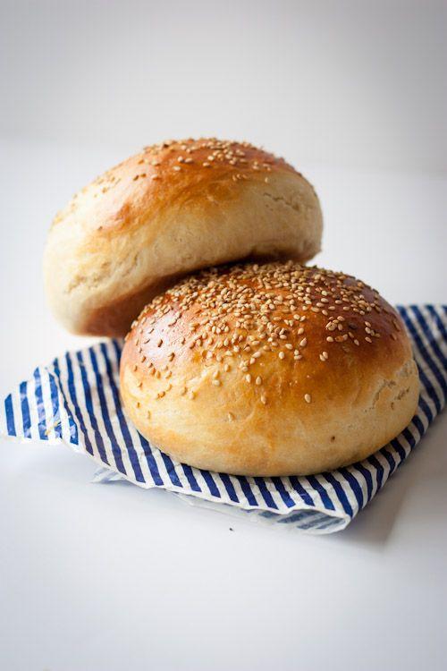 Bun's maison (petits pains pour hamburger) | La Raffinerie Culinaire