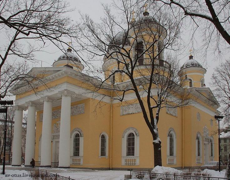 Спасо-Преображенский собор. Стасов. Один ионический портик с запада.