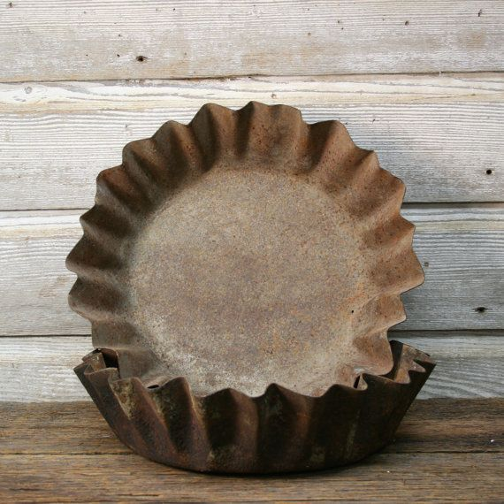 Hey, I found this really awesome Etsy listing at https://www.etsy.com/listing/185223619/vintage-industrial-cake-pan-industrial