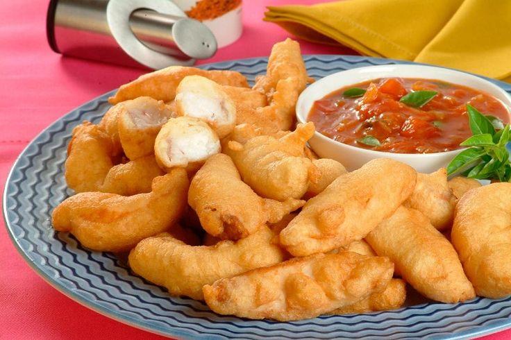 Prepare já essa deliciosa receita de isca de peixe fofinha com molho rústico! Esse aperitivo é muito saboroso e é um petisco ideal para reunir os amigos.