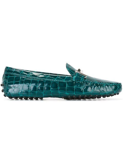 TOD'S crocodile effect loafers. #tods #shoes #flats