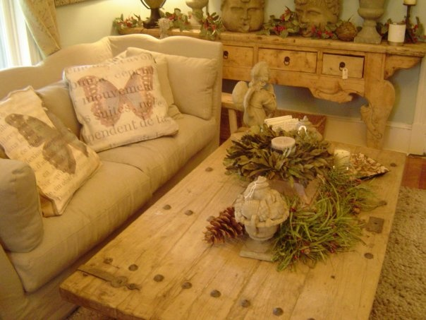 A Cool Knotty Pine Coffee Table With Heavy Iron Accents Repurposing Doors Pinterest Pine