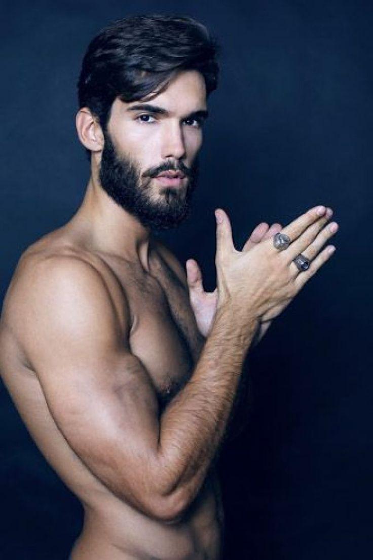 Oliver Ruano