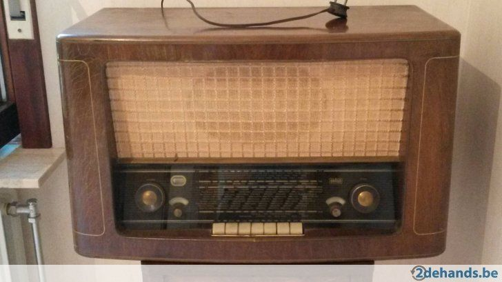 Gebruikt: antieke radio merk Braun (Radio's) - Te koop voor € 50,00 in Antwerpen Merksem
