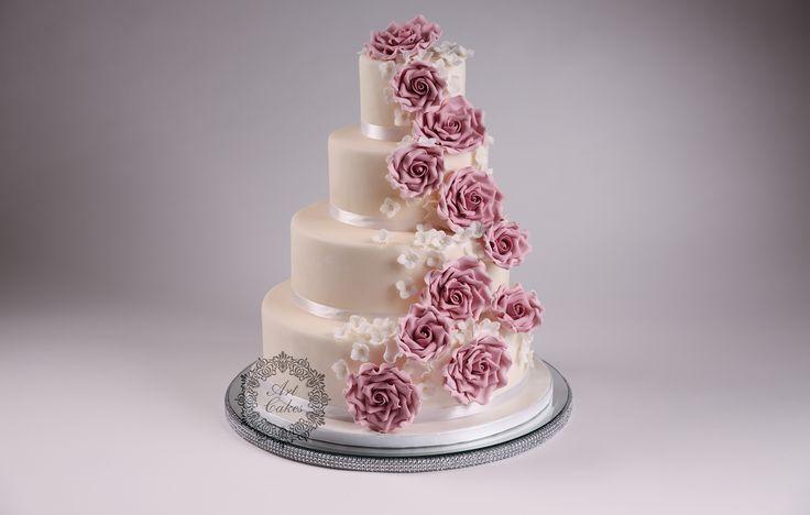 pink roses- staroruzové ruze, vintage four tier wedding cake. www.artcakes.sk