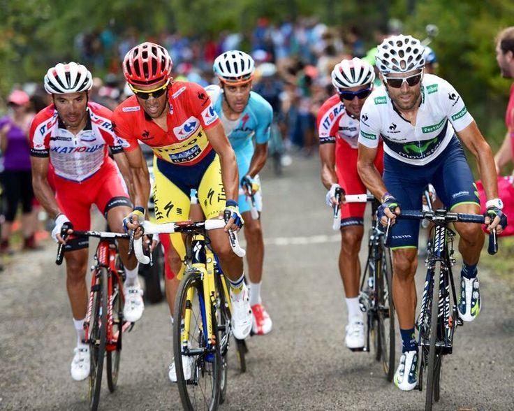 Vuelta a España 2014: Valverde y Purito arañan once y nueve segundos al líder Contador, en la meta de los Lagos de Covadonga | Deportes | EL PAÍS