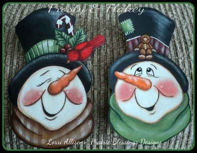 1 set Frosty and Flakey Snowman Christmas ornaments design by Lorri Allisen - ready to paint Sale