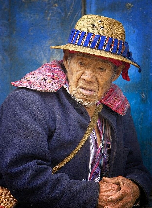 Hombre de Todos Santos Cuchumatán Huehuetenango  Fotografía por EDGAR MONZÓN