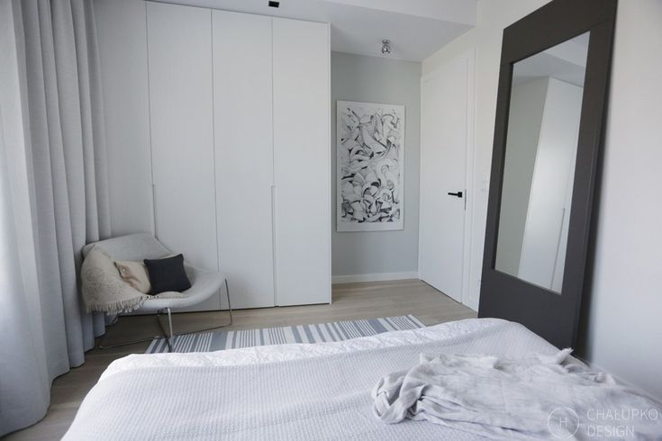 modern industrial apartment 17 Post Industrial Apartment in Warsaw Exhibiting a Clean and Elegant Design [Video]