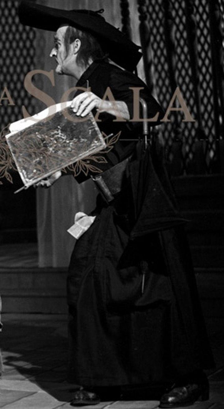 Nicolai Ghiaurov, costumi di Giulio Coltellacci, regia di Franco Enriquez, Teatro alla Scala, Milano, 1965.