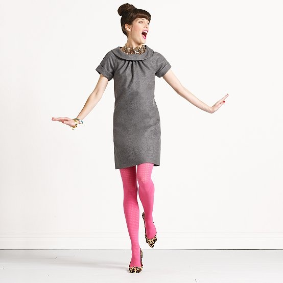 I am SO copying this outfit! Now all I need are pink tights...