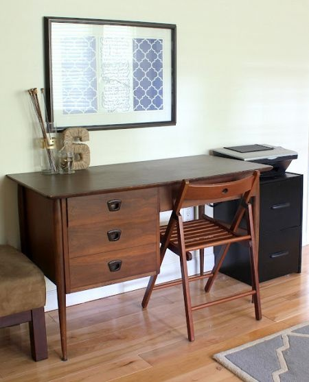 Mid Century Style Desk Is A Great Thrifty Find For This Modern Office Space