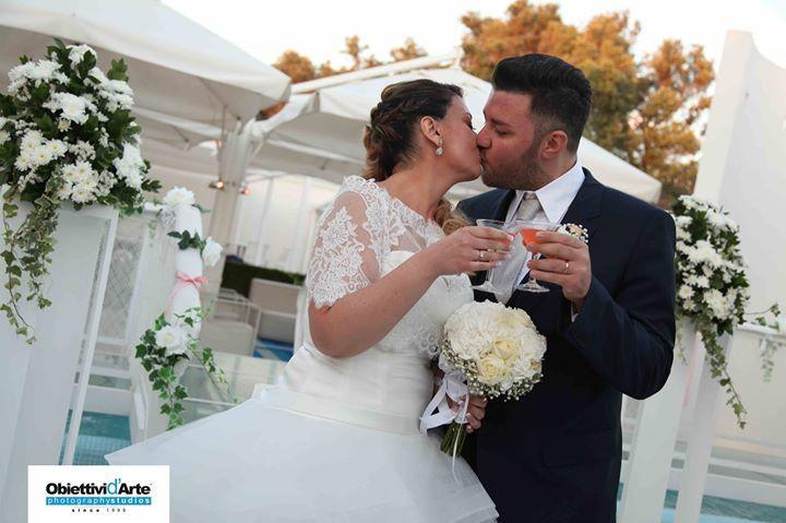 Storie di nozze Al Chiar di Luna: Federica e Antonio sposi evergreen. Inviaci la tua foto, per rivivere insieme il tuo giorno più bello #alchiardiluna #ilmatrimoniochestaisognando #sposievergreen