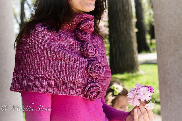 Ravelry: Kveta Capelet pattern by Monika Sirna