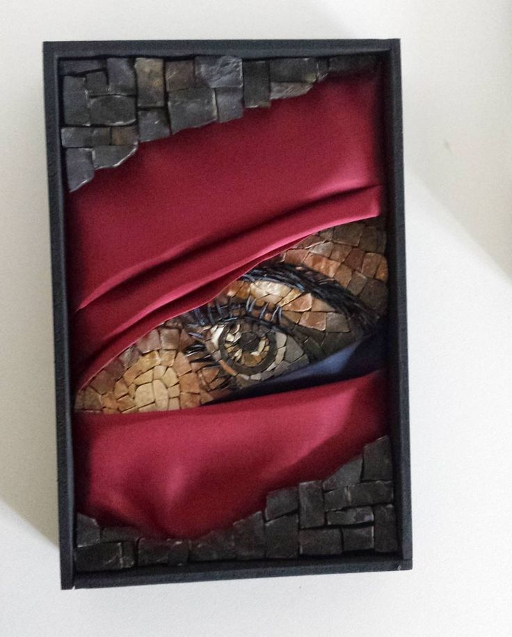 wow, a mosaic artist with vision