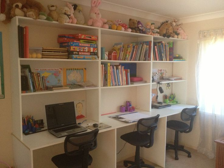 3 station kids study area - great idea for when kiddos are older.