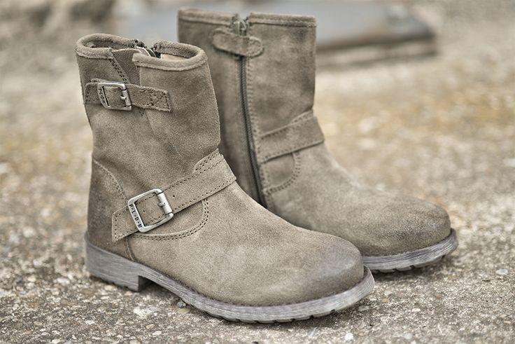 Choupy SUD - En cuir suède tout doux, ces bottes fille automne-hiver vont faire des ravages #Shoes #PLDM #Kids