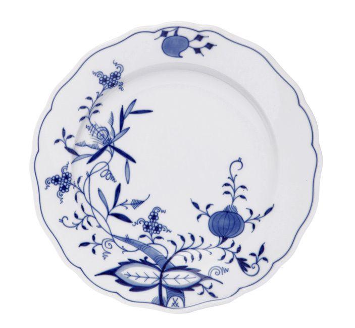 """Plate, Shape """"Neuer Ausschnitt"""", Blue Onion """"Style"""" cobalt blue, white rim, ø 20 cm"""