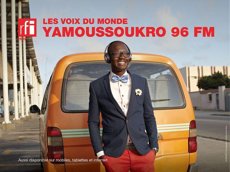Campagne RFI, à destination des auditeurs Africains. Agence : Gédéon. Directeur de création : Bernard Bréchet. Photographe : François-Xavier Gbré. Producteur : François Dameron. Novembre 2014