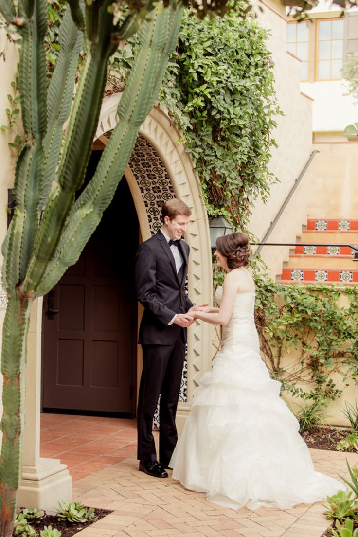 Breathtaking Ocean View Wedding at Palos Verdes Golf Club | Photo by Figlewicz Photgraphy | Aisle Perfect