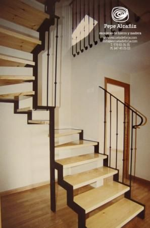 25 best ideas about escaleras de acero en pinterest - Escaleras de madera para interiores ...