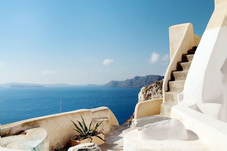 Oia: A place to fall in love...  #Oia, #Santorini, #Greece, #beautiful #house, #caldera #view, #cycladic #architecture, #holiday deatinations, #mustseeplaces #staircase