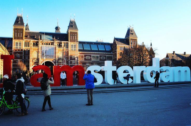 În urmă cu o săptămâna ne-am întors din Amsterdam unde am petrecut trei zile memorabile. Capitala Olandeieste neîndoielnic, un oraș cu numeroase fațete… Mulțumită acestei amprete personale,…