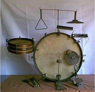 Vintage drum kits (1920s - 1930s) - Polarity Records Samm Bennett                                                                                                                                                                                 More