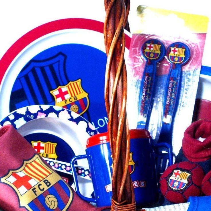 Regalos bebe de Fútbol|Cesta F. Club Barcelona 1 - la mejor canastilla para bebés del Fútbol Club Barcelona con productos para la hora de comer de licencia Oficial - Envíos a toda España
