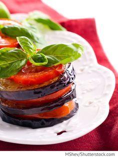 Auberginen mit Tomaten und Käse Baklaschany s pomidorami i syrom - Баклажаны с помидорами и сыром - Russische Rezepte
