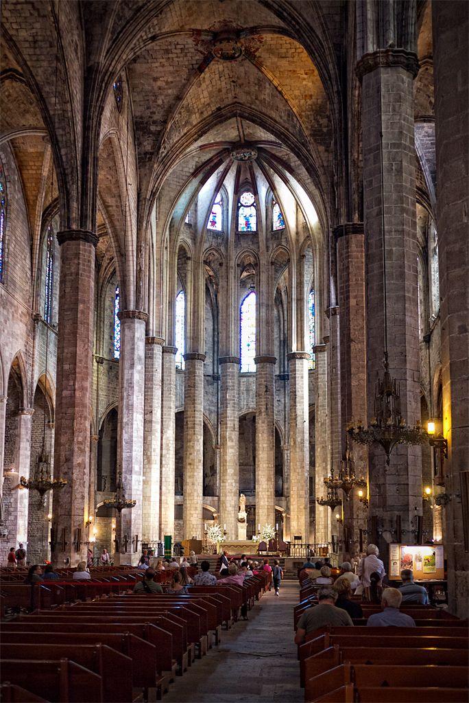 Santa Maria del Mar, el Born, Barcelona  deinhard.deviantart.com
