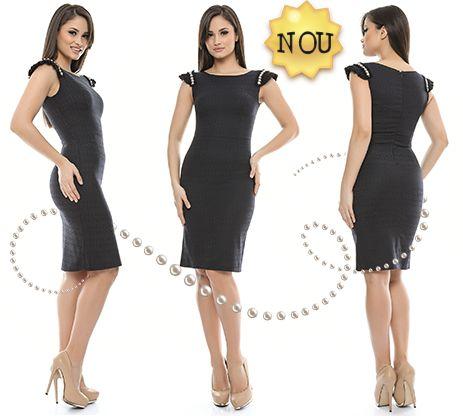 Astăzi a sosit un nou model de rochie la Adrom Collection. Aceasta se poate achiziționa online în sistem en-gros de aici: http://www.adromcollection.ro/rochii-angro/rochie-angro-R430