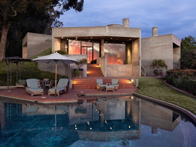 Banjo player and late-blooming novelist Steve Martin just listed his 7,377-square-foot Montecito mansion for $10,999,500. But this is Steve Martin we're talking about, so he's probably more than willing...