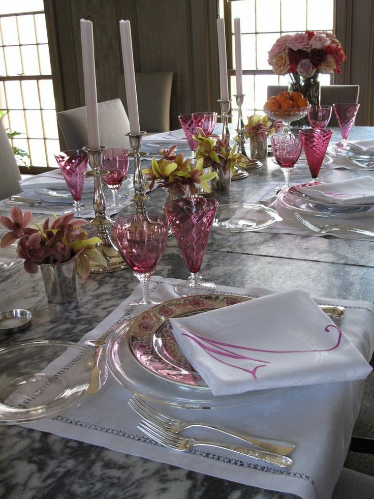 Elegant valentine 39 s day table tablescapes pinterest for Table 52 valentine s day