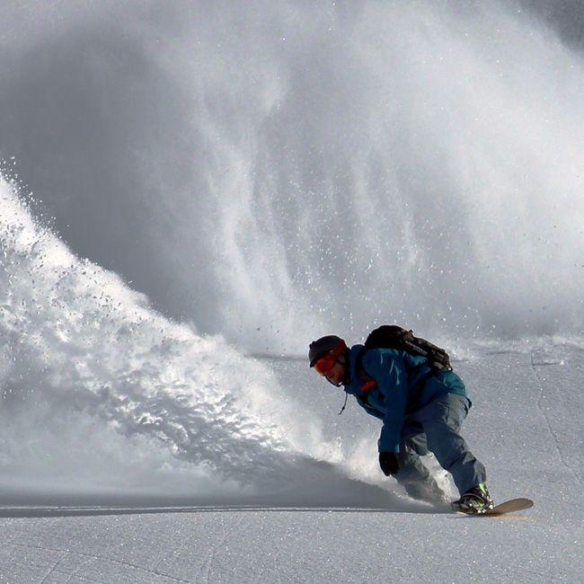 Quebre a rotina. Liberte seu espírito indomável. #snowboard #aventura #liberdade #diversao #curtaavida #explore #esporte #radical #indomitum #indomitumshop #manifestyourIdentity #camisetas #tshirt #babylook #vestuario #roupa www.indomitumshop.com.br