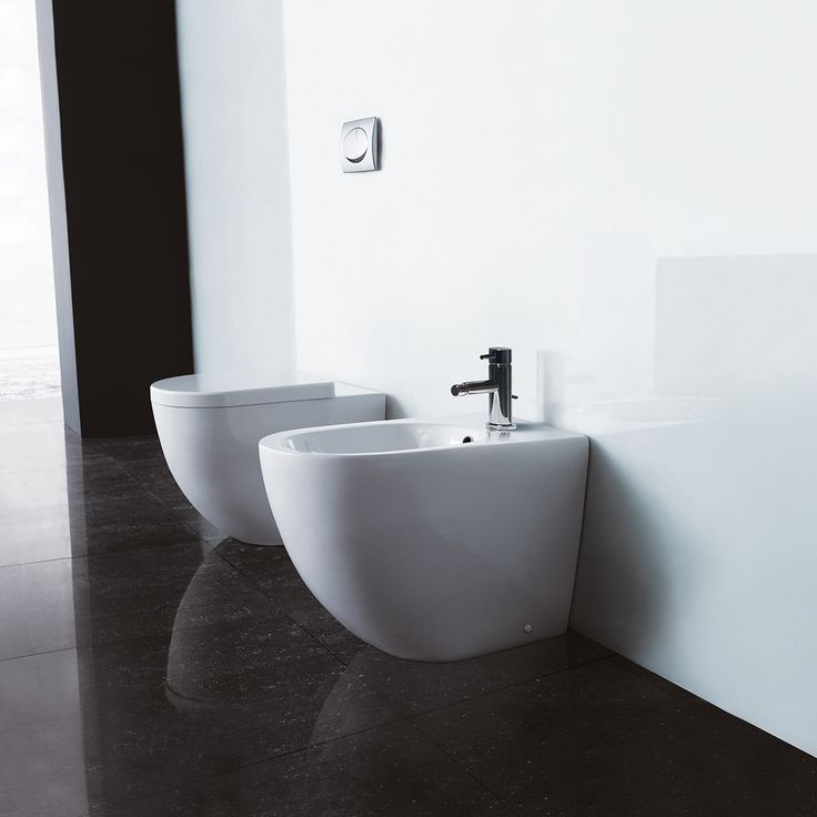 Get squeaky clean with a bidet   #clean #modern #bathroom #bidet #elegant #love #peace #design #funny #squeaky #contemporary #modernbathroom #modernhome #blu #blubathworks #blubath #decor #interior #interiordesign #instagood #potd #vancouver #yvr #minimal #minimalistic #lifestyle #furniture #beautiful #perfect