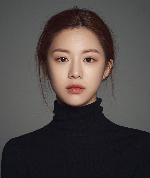 Korea's new generation of plastic surgery template Gao Yunzhen, clear and natural makeup, redefining mainstream aesthetics – Page 7 of 31