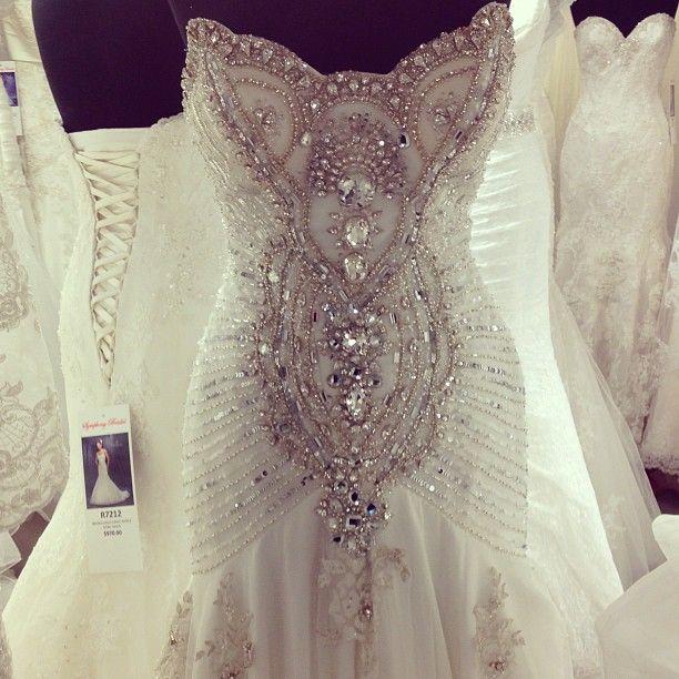 Bridal Runway Fashion - Wedding Gowns | Wedding Planning, Ideas & Etiquette | Bridal Guide Magazine