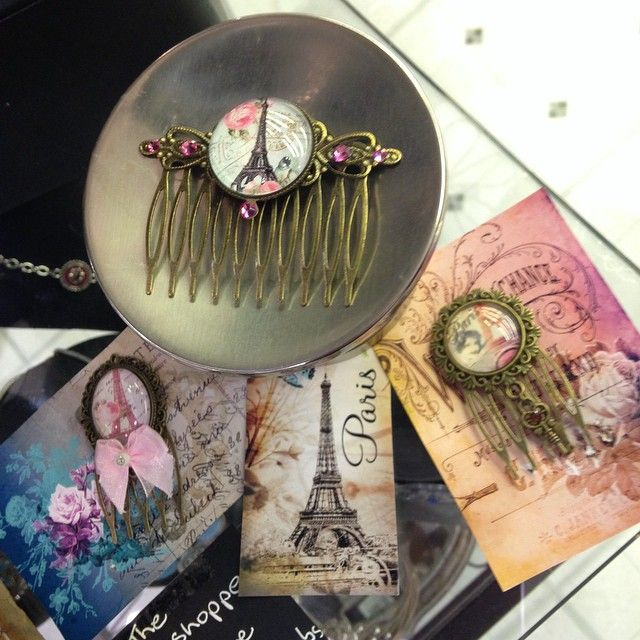Stunning brass hair combs now in store! Exclusive to our #Leura boutique these hair combs have beautiful #Parisian designs made with #Swarovski crystals!