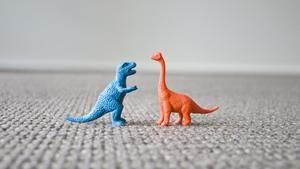 When did dinosaurs become extinct?