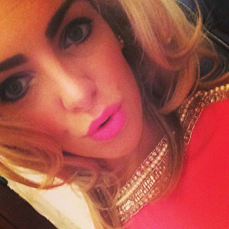 Pink Lips, HD Brows