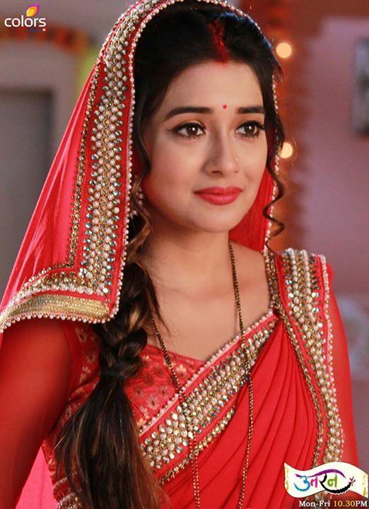 Colors TV Actress Meethi in Saree Image....adorable Tina Dutta in gorgeous saree