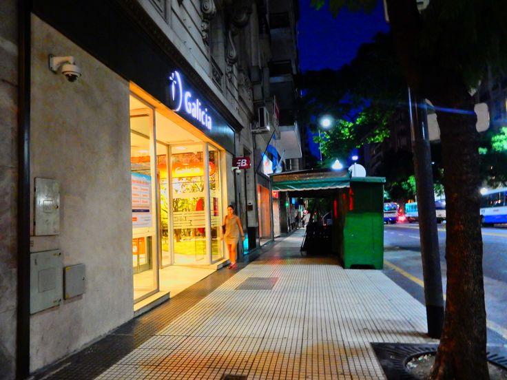 https://flic.kr/s/aHskCVpbvw | Banco Galicia, Av. Sante Fe, Retiro, Buenos Aires | Banco Galicia, Av. Sante Fe, Retiro, Buenos Aires