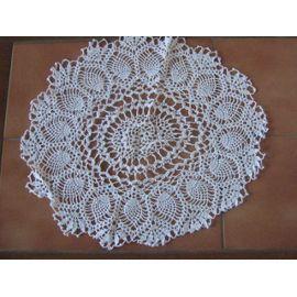réf 0346 prix 20.00 euros ovale 45x50 Napperon Crochet