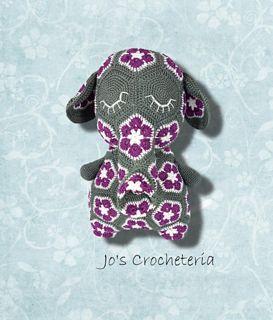 Peggy the African Flower Elephant crochet Pattern from Jo's Crocheteria www.joscrocheteria.com #crochet #crochetpattern #africanflowercrochet #crochet elephant #hekkle #crochetafricanflowercrochetpatter #easycrochet #joscrocheteria
