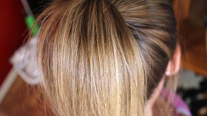 L'Astuce Maligne Pour Eclaircir Naturellement les Cheveux.