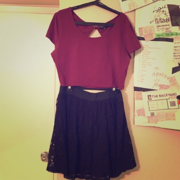 Plus size crop top and lace skater skirt outfit 10% off bundle! Plus size Maroon crop top with black skater skirt! The crop top is 3x (if you're a 2x with a bigger chest it's a good fit too!) the skirt is 2x (elastic waistband fits 3x!) both have stretchy material. Fitting sizes 18-22. The elastic of the skirt is thick so you can tuck in the crop top if you don't like showing skin (: Skirts Circle & Skater