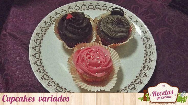 Cupcakes variados, ideales para San Valentín -  Se aproxima una fecha especial para los románticos, para los enamorados, para el amor: ¡San Valentín! Y desde Recetas de Cocina hemos pensando que quizás te vendría bien alguna que otra receta apropiada para ese día. Si tu pareja adora los dulces, tienes el éxito asegurado con estos cupcakes var... - http://www.lasrecetascocina.com/cupcakes-variados-ideales-san-valentin/