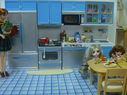 MODERN COMFORT Barbie Kitchen RE MENT Cabinet Size Dollhouse Furniture  Lightable | Barbie, Furniture And Cabinets Part 94